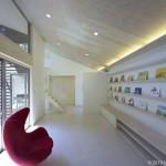 『建築家と椅子 ②』